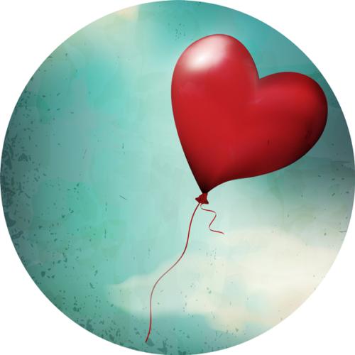 Roter Herzluftballon